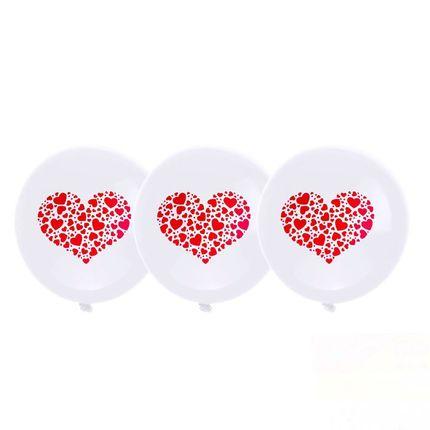 Шар латексный белый с красным сердцем 12