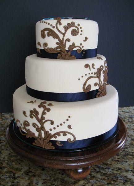 Тортик хочу с фруктовой, нежнейшой начинкой! Гостей немного, так что сами!