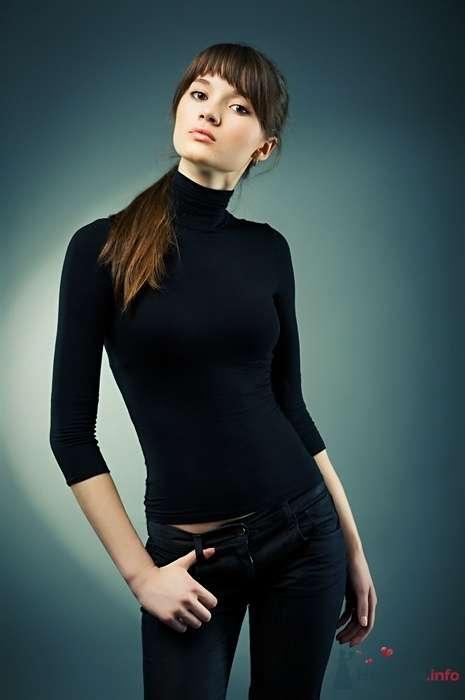 Фото 23654 в коллекции Портреты и студийная фотосъемка. - Фотограф Алексей Сычев