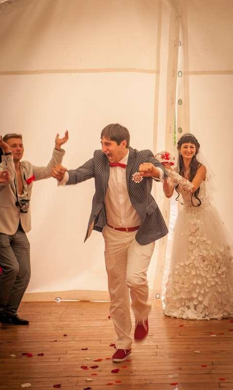 Фотограф Андрей Мальцев  Свадебная фотосъёмка, лавстори, семейные фотосессии и детский портрет. Чтобы забронировать дату пишите в личные сообщения, звоните. т. 286-34-90 +7 953 586 34 90 - фото 16541806 Фотограф Андрей Белый