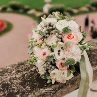 Букет невесты с пионовидными розами Флорист Пашкова Ольга