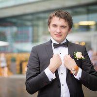 Жених. Свадебная прогулка у Москва-сити