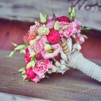 Букет невесты на каркасе с ракушками