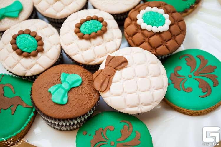 Кап кейки - фото 1773325 Надежда Алябьева - свадебные торты