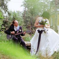 Жених поёт - невеста танцует