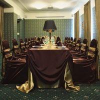Шоколадный и Золотой. Стоимость комплекта белья: от 291 руб./пер.