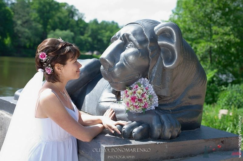 Фото 29119 в коллекции Свадебные прически с живыми цветами - Визажист-стилист свадебного образа Лариса Костина