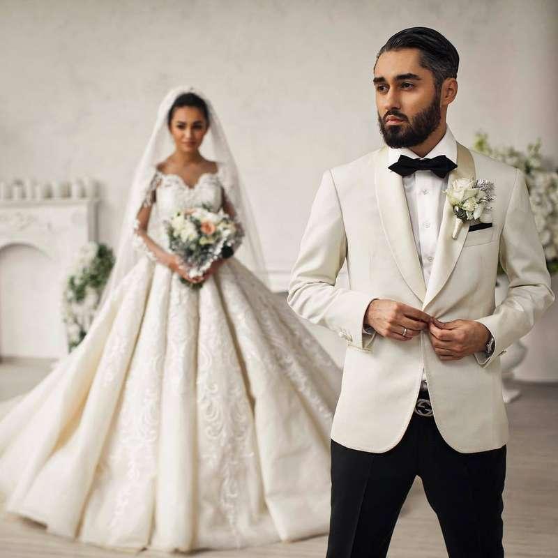 уже свадьба певца мота платье невесты фото здесь режиме