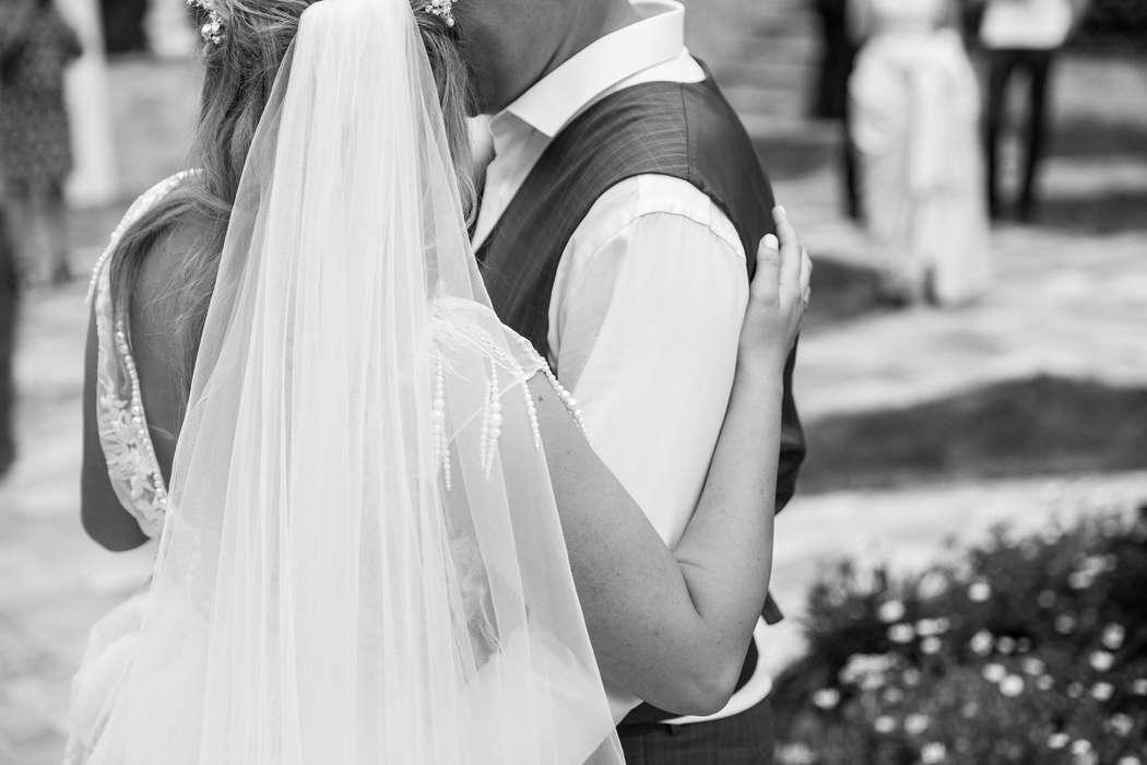 что лучшие свадебные фотографы владивостока скачки проводятся сша