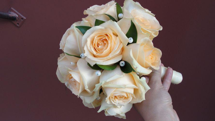 Бамбук где, свадебный букет испанских невесты из розы