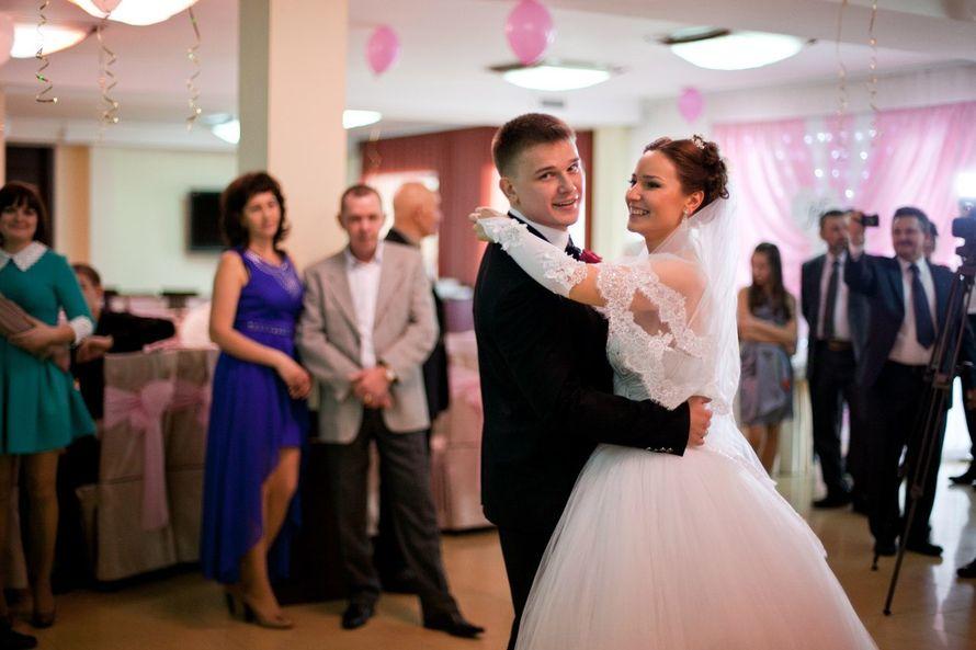 Фото 10343334 в коллекции наши молодожены Валентин и Наталия. Свадьба 2014 - Ведущая Ирина Толмачёва