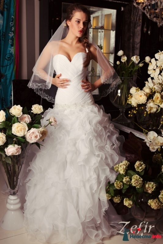 """Данное платье есть в наличии. Стоимость 32 000 руб. - фото 441190 Свадебный салон """"A l'amore"""""""