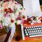 Свадьба, сборы невесты, букет, кольца, печатная машинка