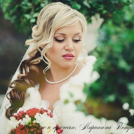 Макияж и свадебные прически с накладными прядями