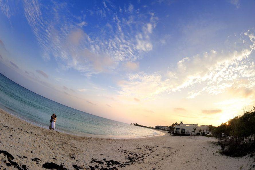 Фото 676167 в коллекции Место проведения - частный уединенный пляж - Гелена Дёмель - свадебный координатор в Мексике