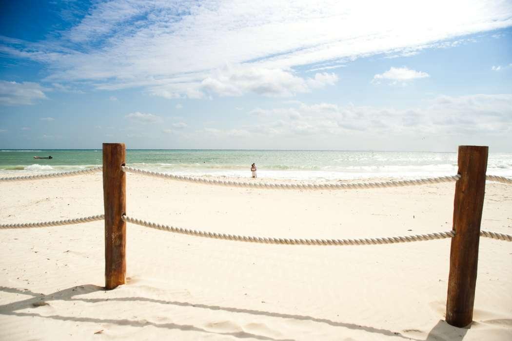 Фото 676173 в коллекции Место проведения - частный уединенный пляж - Гелена Дёмель - свадебный координатор в Мексике