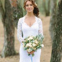 Букет невесты из кустовых розочек, лизиантуса, скабиозы и зелени  Флорист Рина Озерова Фотограф Луиза Смирнова
