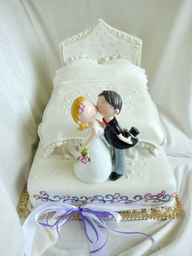 Свадебный торт фото прикольные одноярусные