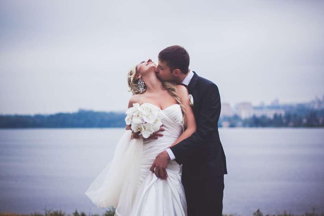 фотографии, подружки невесты, фото, фотограф, свадебное, салон,зеркало, красота, wedding, свадьба, платье, туфли, макияж, девичник, сборы, утро невесты, фуршет, липецк, любовь - фото 4070199 Свадебный фотограф Анжелика Лосихина