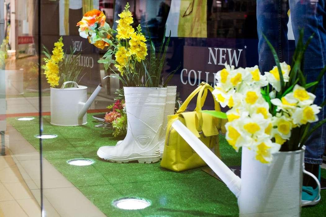ТК ФИЕСТА. Витрина  магазина STOLNIK. Весна 2015 - фото 4192809 Мятный Лимон мастерская декораций