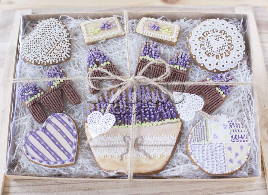 """Подарочный набор пряников для мамы в стиле """"Прованс"""" (можно выполнить в таком же стиле любые другие пряники) - фото 9705830 Cookie craft - пряники и тортики ручной работы"""