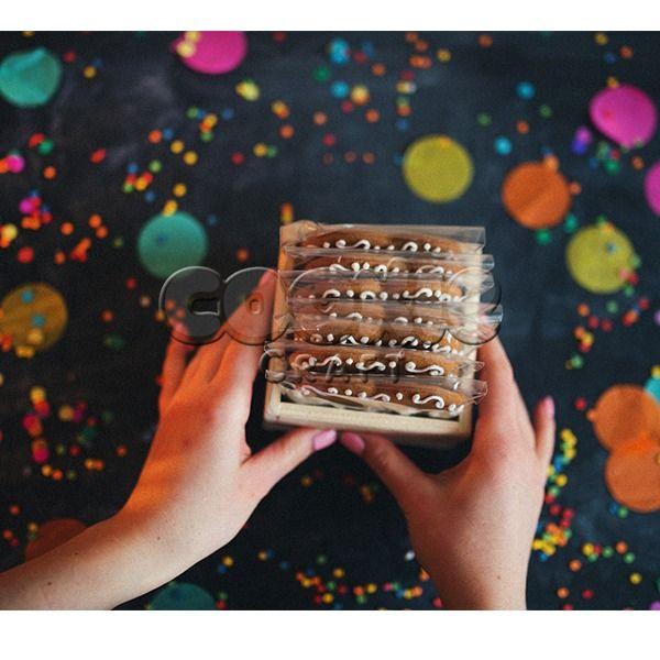 Набор пряничных сердечек с пожеланиями в деревянном лукошке - фото 14855164 Cookie craft - пряники и тортики ручной работы