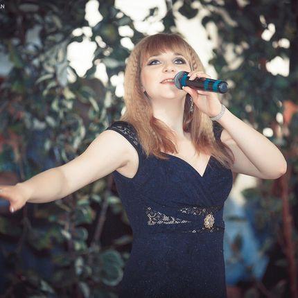 Профессиональная певица на Ваш праздник