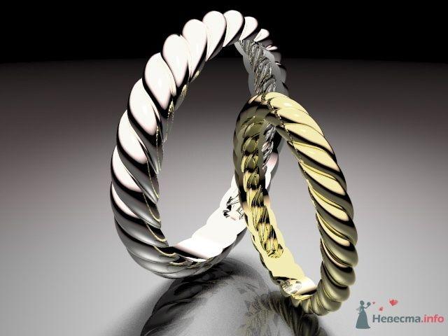 Обручальные кольца из белого и желтого золота с волнами, на сером