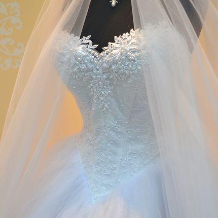 Свадебное платье с уголком