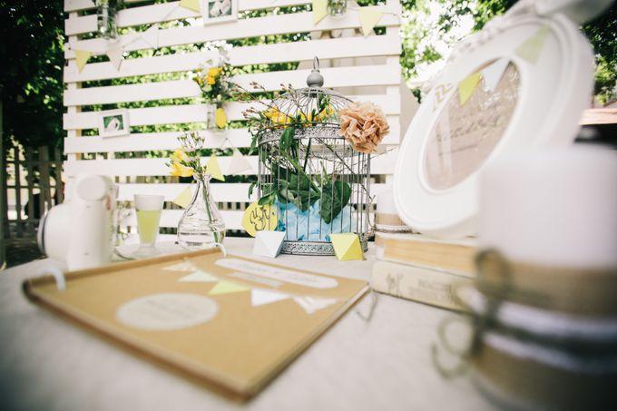 Фотозона и столик для пожеланий
