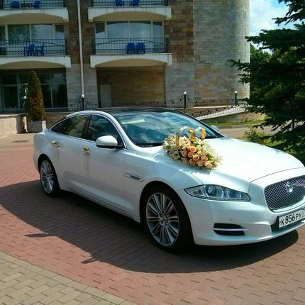 Jaguar XJ - аренда