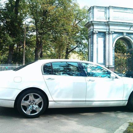 Bentley Flying Spur - аренда