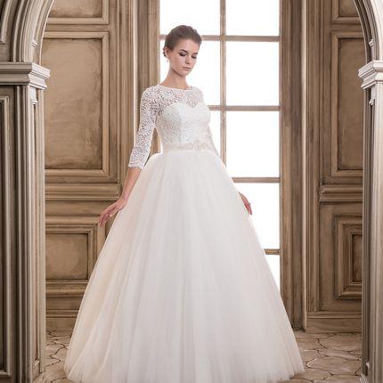 Пышное свадебное платье с рукавами Леди