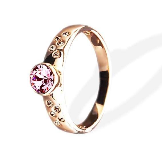 Кольцо Parisienne soir gold silk Покрытие - золото 585 пробы Вставки - кристаллы Swarovski Размеры 16-19  - фото 5089191 Ювелирный салон Mademoiselle Jolie Paris