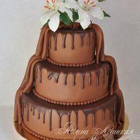 """Свадебный торт """"Шоколад"""" с сахарными лилиями"""
