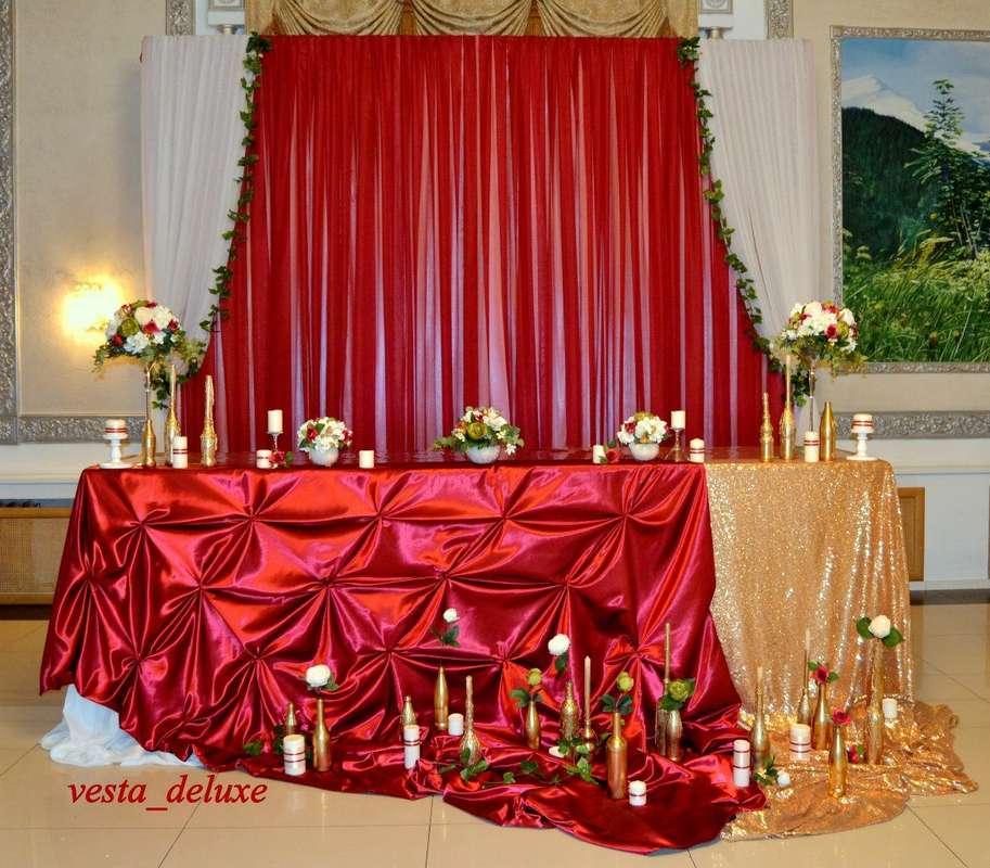 Стол молодоженов в цвете бордо/марсалы. - фото 7693752 Vesta Deluxe - оформление свадеб