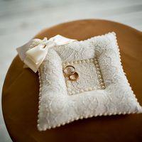 Подушечка для колец на свадьбе Жанны и Вадима 4 мая 2013