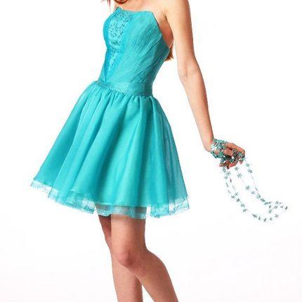 Короткое платье цвета морской волны