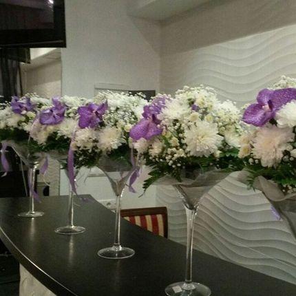 Композиции в мартинках на столы гостей