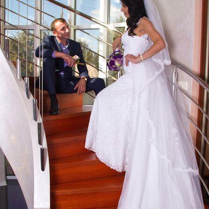 Видеосъёмка полного дня - от сборов жениха до свадебного торта