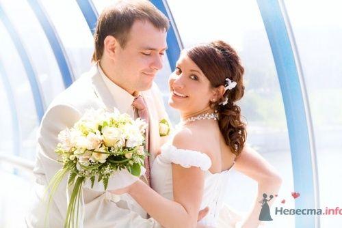 Невеста с белым свадебным букетом. - фото 587 Алла Иванова - свадебный фотограф studio14