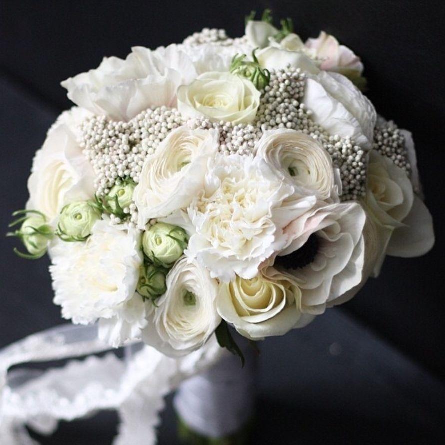 """Букет из анемонов,розы,диантуса,ранункулюсов.Цена 5400р. - фото 17249654 Студия цветов """"Floral"""""""