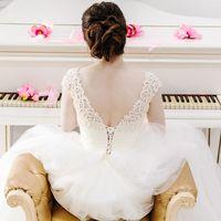 Студия Милан - просторный белый лофт для красивой свадьбы в Москве. Организация и проведение свадьбы в лофт Априори. Свадьба в лофте - идеальное место для творческих пар.