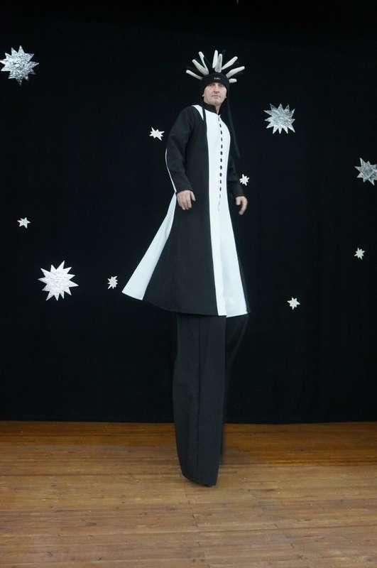 Фото 6060123 в коллекции ХОДУЛИСТЫ (костюмы) - Творческий коллектив Огни большого города