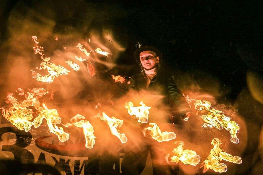 Фото 6060205 в коллекции Огненное (фаер) шоу - Творческий коллектив Огни большого города