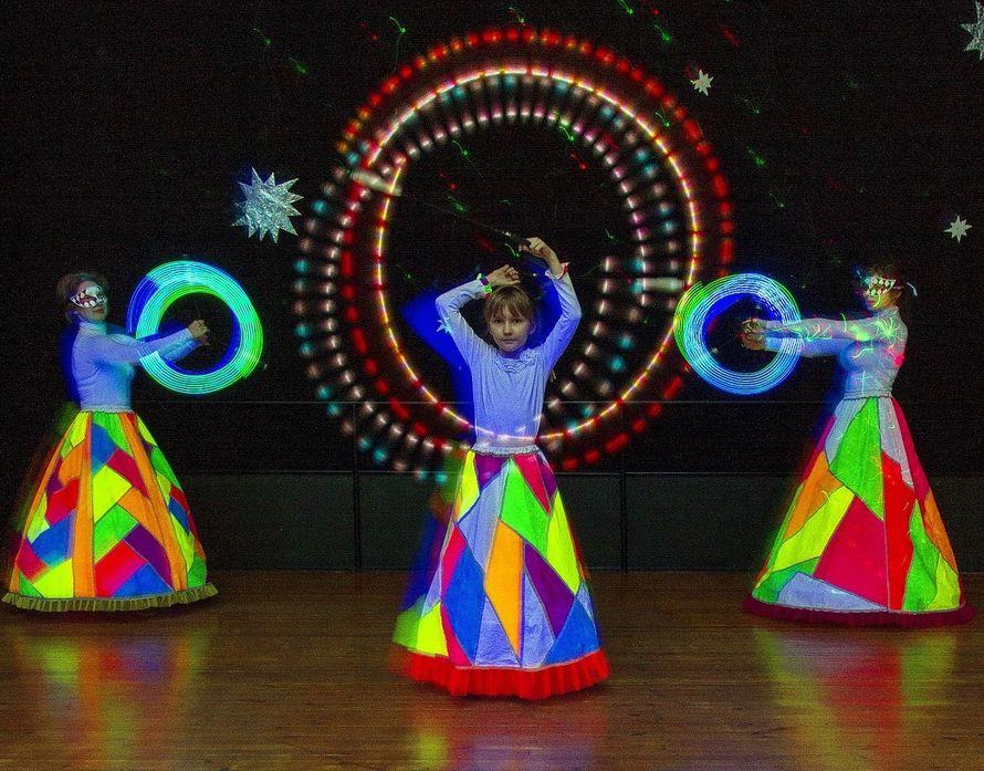 Фото 6060247 в коллекции Световое шоу - Творческий коллектив Огни большого города