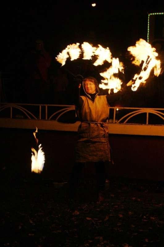 Фото 6060327 в коллекции Огненное (фаер) шоу - Творческий коллектив Огни большого города