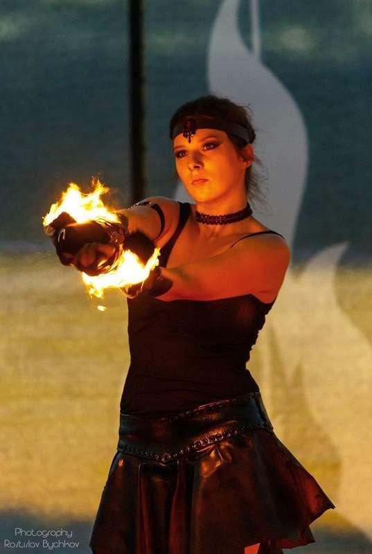 Фото 6060389 в коллекции Огненное (фаер) шоу - Творческий коллектив Огни большого города