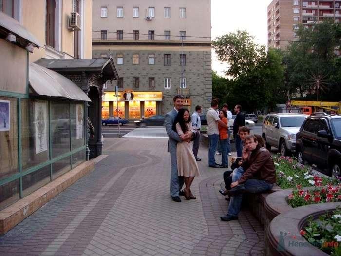 у ЗАГСа дежурим с вечера накануне - фото 26703 malysh_eva
