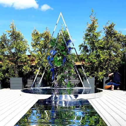 Зеркальная фотозона треугольник аренда
